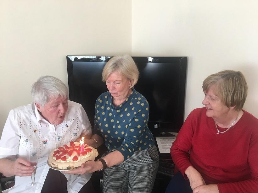 Gardening – Margaret's 85th